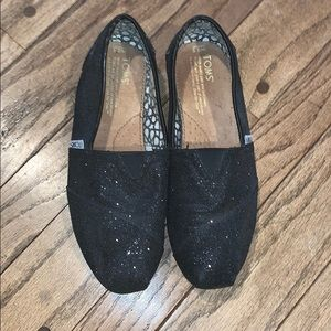 GUC Sparkly Black TOMS